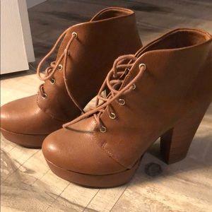 Super cute soda heels lace up bootie